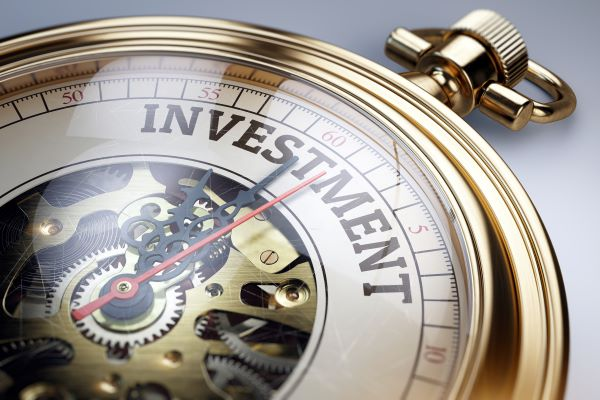 Our Best Insights on RIAs and Alternative Investments